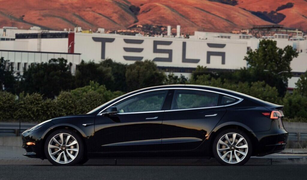 Tesla Factory and Model 3 - Musk Sets Up the SEC